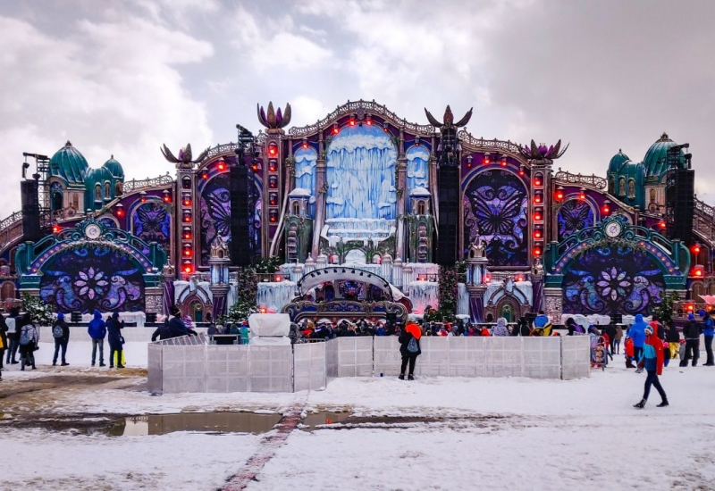 tomorrowland-winter-6
